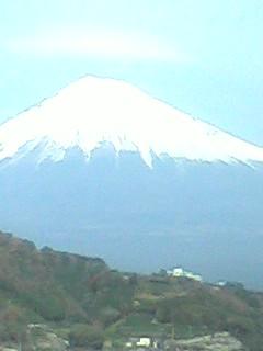 東名高速からの富士山